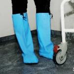 Duschstrumpan ett lättanvänt hjälpmedel som kan ersätta gummistövlarna vid bad & dusch inom vård & omsorg. Skyddskläder protective
