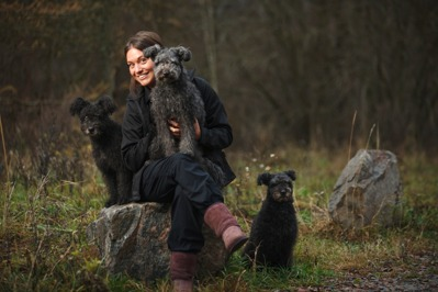 Hundfysioterapeut Anna Åkerström