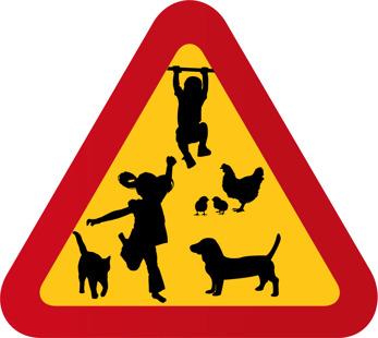 Barn pojke, flicka, höna, katt hund, tax