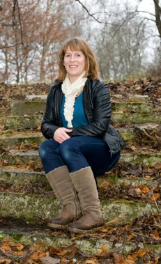 Annika Pettersson - Diplomerad Cidesco hudterapeut | Certifierad Massör