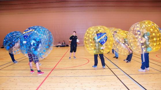 Revents Bumper ball nu i en sporthall nära dig!