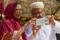 DUBAI 2015 Paret med mobiltelefonen kopia