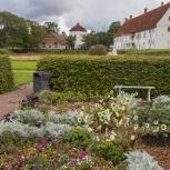 Hovdala Slottsträdgården I 150920