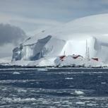 Antarktis 2012 Argentinsk bas i snömängd kopia
