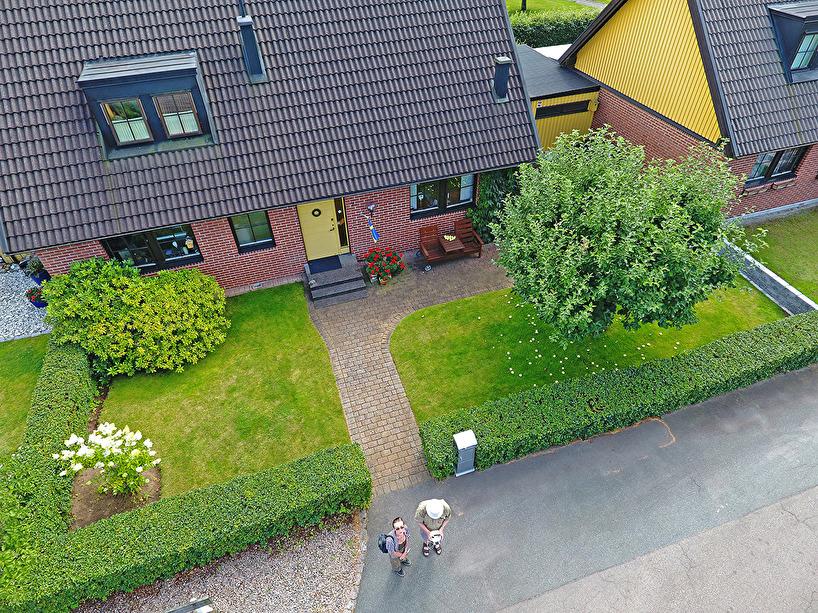 Fotodrönarens hem och hans matte och husse :)!
