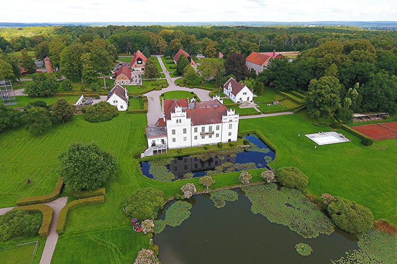 2017-09-01: Vanås slott med skulpturparken
