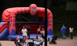 Hoppborg Spiderman 1395:-