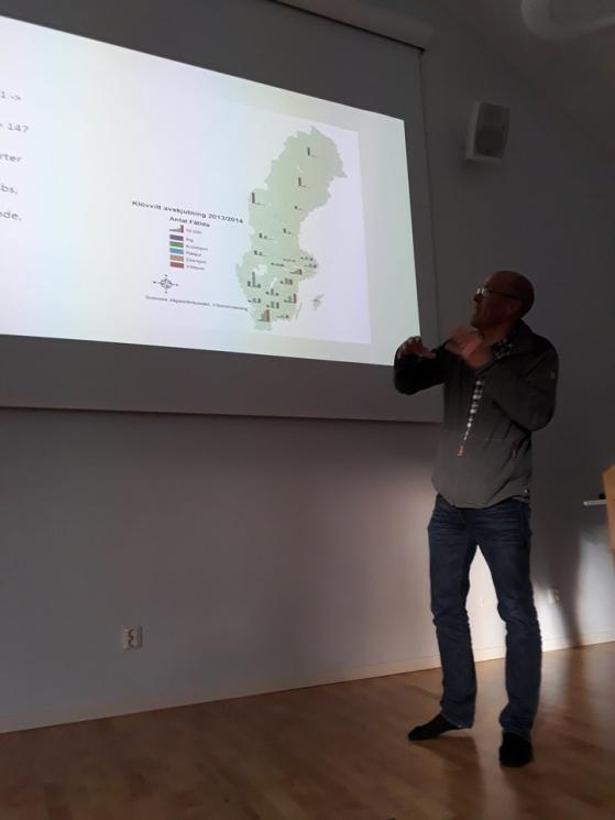 Ulf Sterler berättar om Jägarförbundets komplexa arbete kring viltfrågor. Många intressebter finns med idag vilket gör viltfrågorna mer komlexa att styra kring.