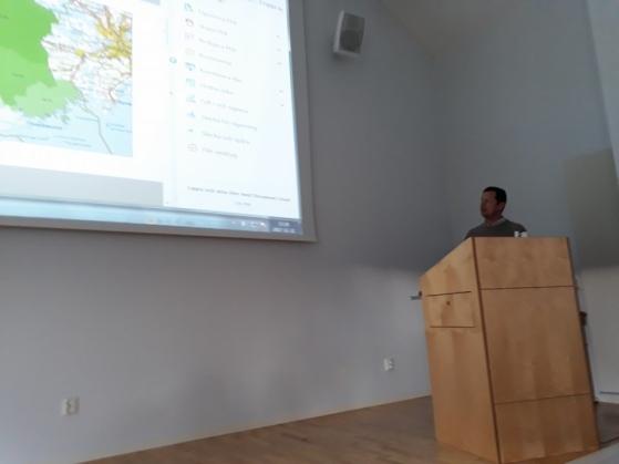 Tobias Borg berättar om Öster-Malmas viltförvaltning inom Likstammen-området.