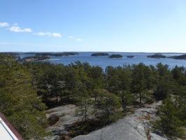 Utsikten från tornet på Björnö är fantastisk, här mot nordost. Foto: Eva Stenvång Lindqvist