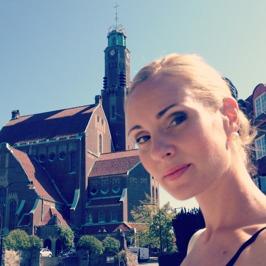 Hannah Holgersson at Engelbrektskyrkan.
