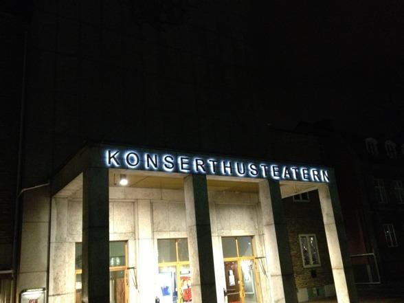 Karlskrona Konserthusteater by night.
