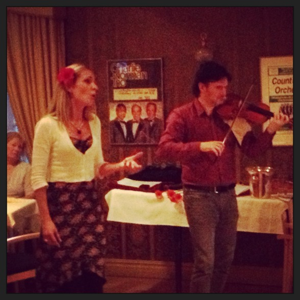 Hannah Holgersson with fantastic Aureliusz Golinski doing Purcell at the Baroque Pub.