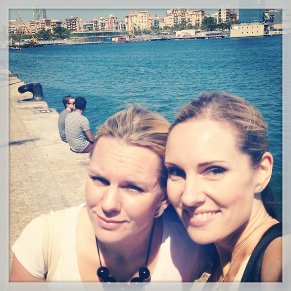 My sweet colleague and soprano Elin Skorup and me in the Barcelona harbour.