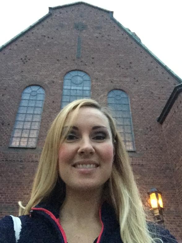 Hannah Holgersson at Uppenbarelsekyrkan, Saltsjöbaden, before concert.