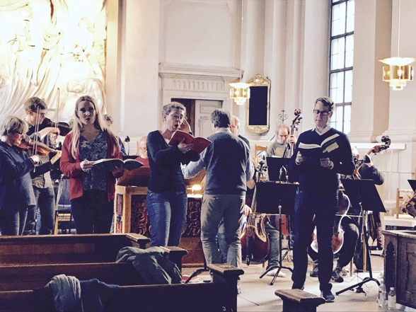 Maria Lindal & REbaroque, Hannah Holgersson, Ivonne Fuchs, conductor Christoffer Holgersson and Johan Christensson rehearsing Mass in C minor.