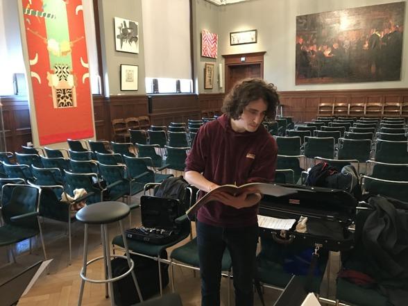 Jacob Mühlrad giving notes and feedback on his piece Tsurah.