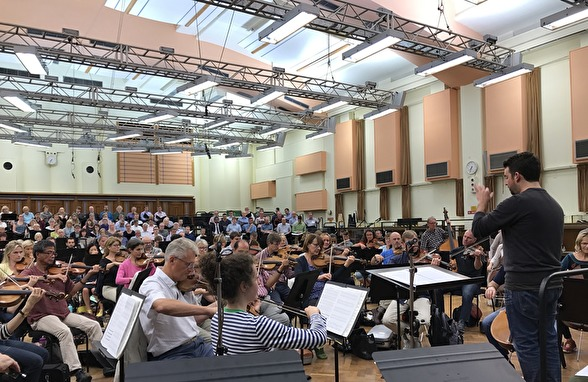 James Gaffigan conducts the BBC Symphony Orchestra and the BBC Symphony Chorus