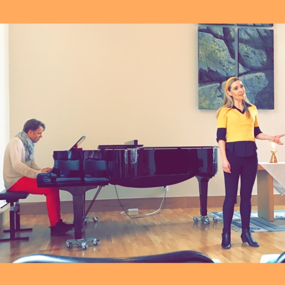 Andreas Boström and Hannah Holgersson performing music by Duke Ellington at Bromma Folkhögskola.