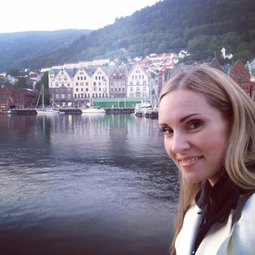 Hannah Holgersson at Bergen by sunset!