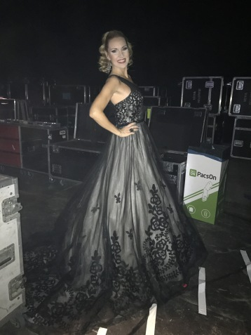 Hannah Holgersson before going on stage at Malmö Arena.