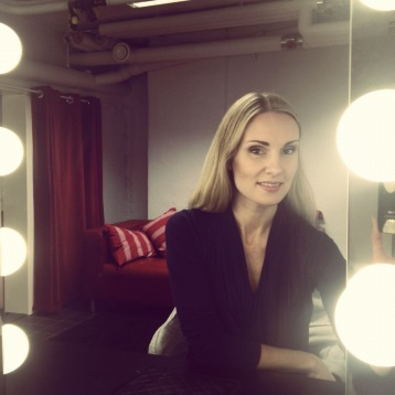 Hannah Holgersson in the dressing room at Folkoperan