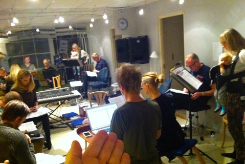 Rehearsal and vocal sound check with the Real Group! Photo: Anders Jalkéus