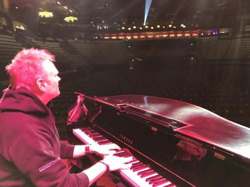 Wonderful Michael Bramwell during soundcheck. Vida Arena, Växjö.