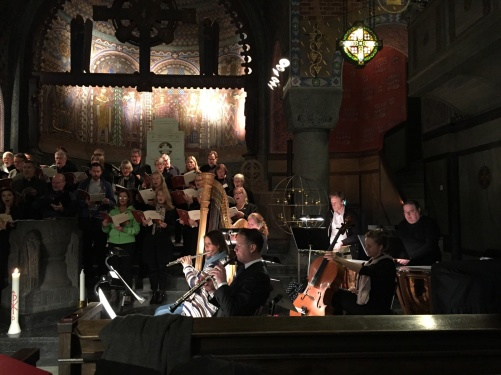 During dress rehearsal with Saltsjöbadens Kyrkokör and members of the Stockholm Concert Orchestra