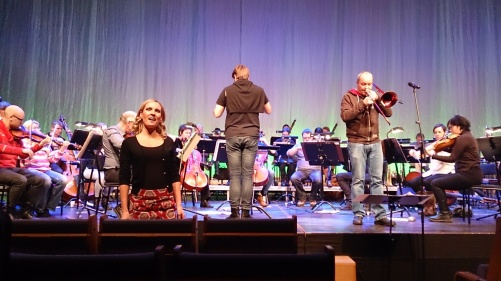 Hannah Holgersson, Alexander Hanson, Nils Landgren and Dalasinfoniettan during dress rehearsal. Photo: Cecilia Tegenfeldt