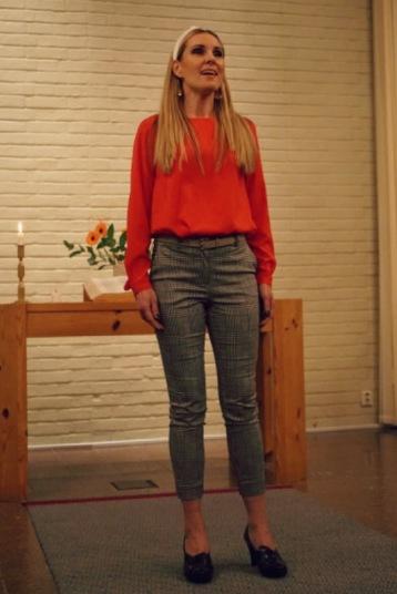 Hannah Holgersson singing. Photo: Per-Arne Lindeborg