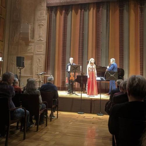 Pascal Siffert, Hannah Holgersson and Nicholas Daniel performing at Grünewaldsalen, Stockholms Konserthus.