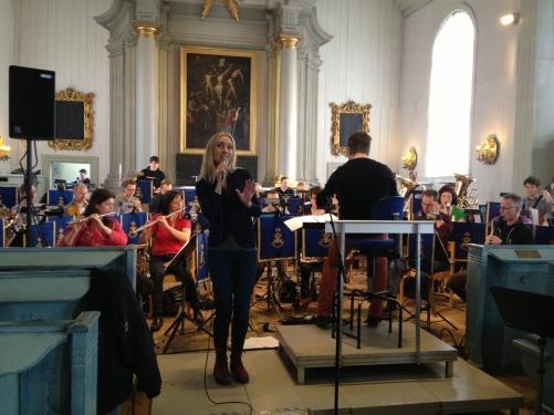 Hannah Holgersson and the Royal Swedish Navy Band during rehearsal in Amiralitetskyrkan!