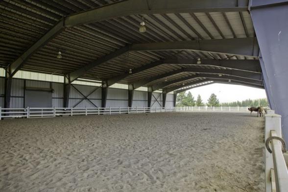 Vi bygger Ridhallar, KB Bygg i Halmstad, Halland