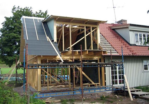 Tillbyggnation & ombyggnation av våra hantverkare & snickare på byggfirman KB Bygg i Halmstad Halland