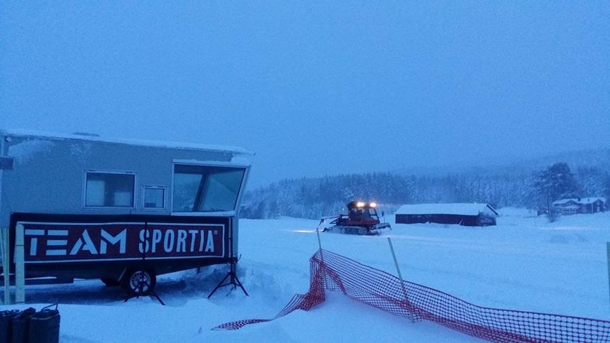Blåsigt och mycket snö vid starten Foto:Röbäck Ski Marathon