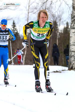 Erik Wickström före Gabriel Thorn i Vasaloppet 2015. Bilden har jag köpt av sportfoto.com.
