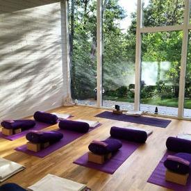 YogiMels yogastudio