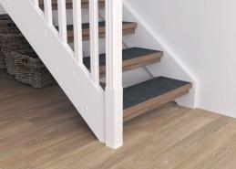 Trappans steg kan förses med en linoleummatta. Lämpar sig i de fall då man vill ha en extra slittålig yta eller om trappan används i miljöer där det finns krav på halkskydd. Stegen förses med kantlister.