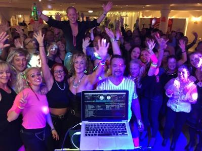 Friskis & Svettis Haninge 30 år jubileum med DJ Jocke Ljungberg
