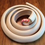 Skyddslist L-form beige 2 meter