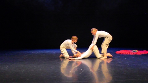 Residens hos PotatoPotato – teater, performance och scenkonst