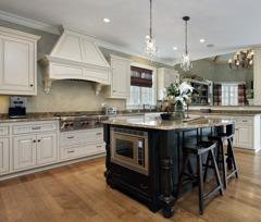 Måla kök och köksluckor med.  chalk paint (kalkfärg, kritfärg). Photo © pics721