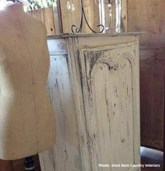 Autentico lime & chalk paints. Photo: West Barn Country Interiors