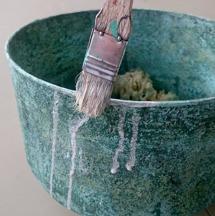 """Avsluta eventuellt med en """"paint wash"""", använd färg utspädd med mycket vatten."""
