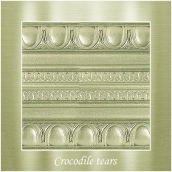 Crocodile tears - PP Metallic handmålad tag ca 5x8 cm