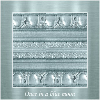 Once in a blue moon - PP Metallic handmålad tag ca 5x8 cm