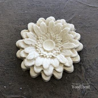 Classic Rounded Petal Flower WUB0354 Mått 5cm - Ornament