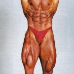 RÖRANDE B&K 1990-6,Leif Malmkvist visar bukmusklerna