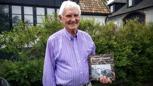 Herbert Wallin med sin nya bok